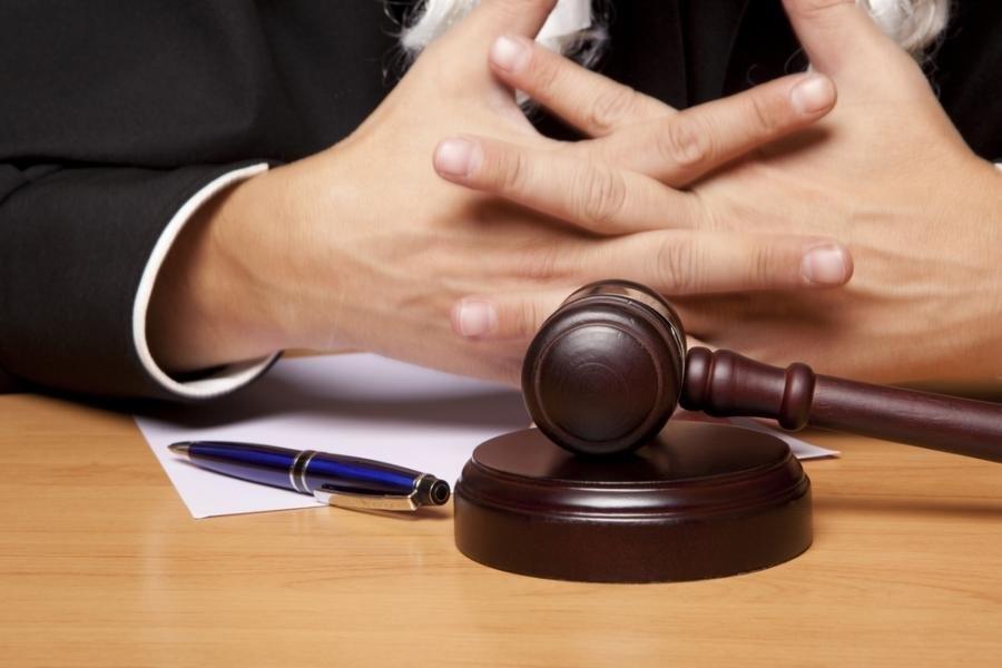 кто имеет право на бесплатного адвоката по уголовным делам только невнимательному